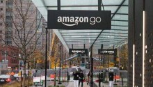 """贝佐斯的""""Amazon Go""""与马云的""""新零售"""",谁能引爆线下零售?"""
